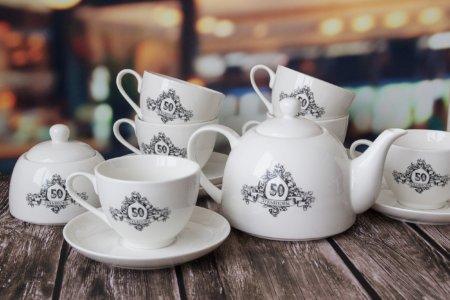 6 чайных пар + чайник + сахарница